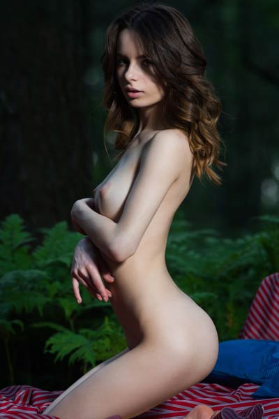 Model Debora A in Cirute