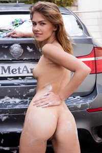 Model Laina in Sexy Car Wash