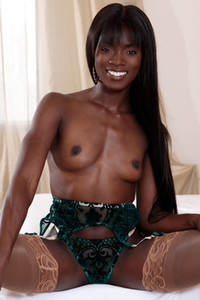 Model Ana Foxx in Green And Gold
